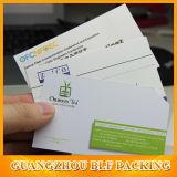Forme personnalisée de la carte d'affaires de l'impression de papier