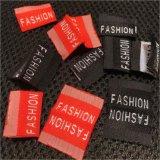 Kundenspezifischer neuer Art-billig gesponnener Kleidungs-Kennsatz für Großhandelskleidung