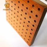 Décoration de haute réputation de l'exportation de produits en bois perforé Panneau acoustique