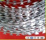 Горячий окунутый гальванизированный провод ленты Concertina бритвы колючий (BTO-22)