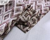 Tela colorida 100% del sofá del telar jacquar del poliester del modelo del diamante
