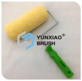 Amarillo de pintura acrílica rodillo cepillo herramienta de mano de hardware