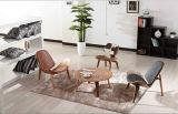 Eames Lcw ha progettato la presidenza di legno piena