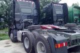 Rimorchio di Sinotruk 371HP che trasporta veicolo con la carrozza dotata piena