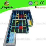 Trampoline do parque de diversões (14-11-1)