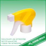 Material plástico PP 28/410 Acionar Pulverizador para trabalhos de jardinagem