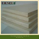 precio de la madera contrachapada blanca de la melamina de 18m m el mejor en Linyi