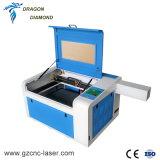 趣味の小さい木製のアクリルの二酸化炭素レーザーの切断の彫版機械400*600mm