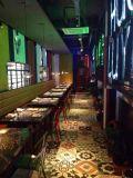 Los colores Amarillo Azul Verde Negro lugar Plaza de la baldosa cerámica