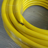 Muti는 비 냄새 경량 섬유에 의하여 땋아진 PVC 정원 수관/호스를 착색한다