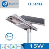 Alta qualità 15W tutto in un indicatore luminoso di via solare di notte del LED