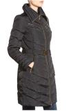 Comercio al por mayor de último diseño OEM los cinturones de seguridad señoras largo abrigo acolchado