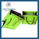 Le sac d'emballage de cadeau de papier de qualité supérieur peut être le logo estampé (DM-GPBB-056)