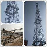 De gegalvaniseerde RadioToren van de Telecommunicatie van het Staal van de Hoek