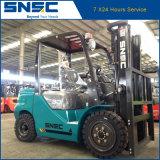 Carretilla elevadora diesel caliente de la exportación 3ton de China con los neumáticos sólidos