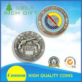 旧式な金および砂のような背景が付いている優雅な硬貨