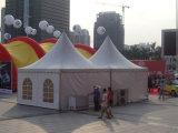 Tente transparente claire de pagoda de mariage de partie
