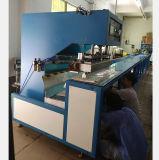 Automatique et continu de marcher la machine de soudage à haute fréquence pour toile de PVC