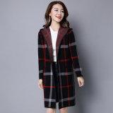 毛織のオーバーコートの女性は最も遅く長く編む冬のコートのTongxiangの工場を設計する