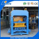 Польностью автоматическая полая/твердая/блокируя машина бетонной плиты (QT4-18) с системой управления PLC