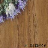 Volver seco comercial ligero diseño en madera piso PVC piso vinílico Tile