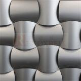 Montado na parede de painéis decorativos em alumínio prateado
