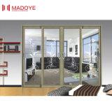 В элегантном стиле балкон боковой сдвижной двери
