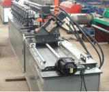 Justierbare helle Maschine für Selbstausschnitt bildende lochende Stahlrolle/
