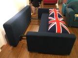 3 Sitzgrosses Sofa mit Extrabett