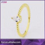 Diseño sencillo de oro pequeño traje de Zirconia anillos de dedo de la mujer