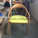 O restaurante de estilo moderno Cadeira de jantar em madeira com Assento Padder