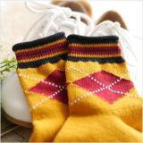 Britische Art-Schule-Form-freie Ansammlungs-Kleid-Socke