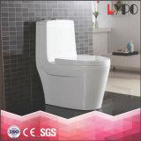 Tocador de cerámica del ahorro del agua del cuarto de baño sanitario de las mercancías de Foshan