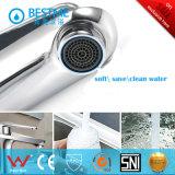La porcelaine sanitaire du bassin en laiton chaude et froide du robinet (BM10203-A)