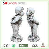Het heet-verkoopt Kussende Standbeeld van de Jongen Polyresin en van het Meisje voor de Decoratie van het Huis en van de Tuin, maakt Uw Eigen Beeldhouwwerk van de Tuin