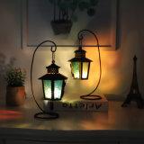 Il ferro domestico creativo della decorazione del salone orna la decorazione europea dell'indicatore luminoso della lampada del vento del ferro del candeliere della cavità del supporto di candela dei mestieri del metallo