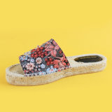 Nuove scarpe di tela rosse materiali dei pistoni del cuneo della piattaforma delle donne