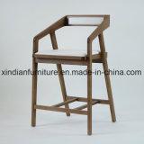 Нордическая конструкция обедая стул софы трактира деревянный