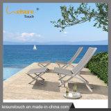 Jardim Pátio numa espreguiçadeira de alumínio de vime mobiliário de Salão Beach Deck cadeira dobrável