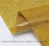 Feuille auto-adhésive Hotfix de Rhinestone de Flatback au roulis de maille du Rhinestone 2mm de tissu (TM-244/2mm Montana)