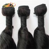 2016のペルーのバージンの毛の高品質の緩い波のRemyの毛の織り方