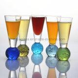 De kleurrijke Glazen van Martini, de Glazen van de Cocktail, de Kop van het Glas van de Wijn en Mok