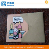 Бумажные поздравительные открытки с охваывают