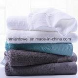 2018のサテンのボーダーが付いている熱い販売100%枚の有機性綿のより厚く平野またはジャカード浴室タオル