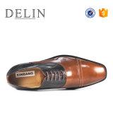 組合せカラー新しいデザイン人の革靴の形式的な靴