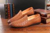 木のかかとが付いているブラウン牛革フォーマルドレスの靴