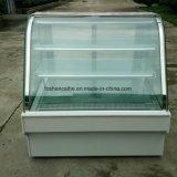 Refrigeratore bianco della visualizzazione della torta di marmo