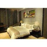 Holiday Inn Hotel Hamton кровати спальни мебель деревянная мебель