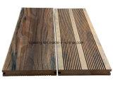 China DIY Luz Solar WPC Outdoor Flooring Tile 30*30cm