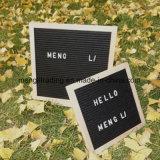 Table des messages de 10 pouces avec le sac de coton de lettres de plastique et le stand collectifs en bois